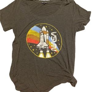 Fifth Sun NASA front graphic tee large